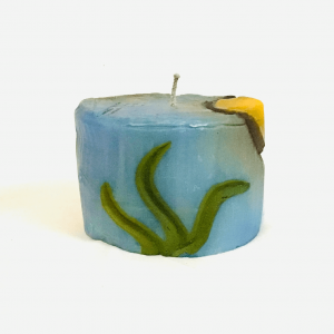 Cylindrical Candle with Seaweeds Figure Handmade by Artisans